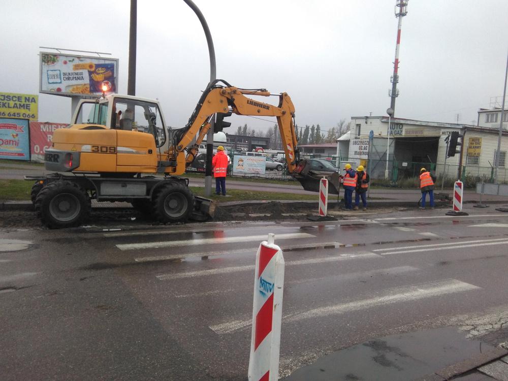 Nowa nawierzchnia na skrzyżowaniu ulicy Hutniczej z Pucką