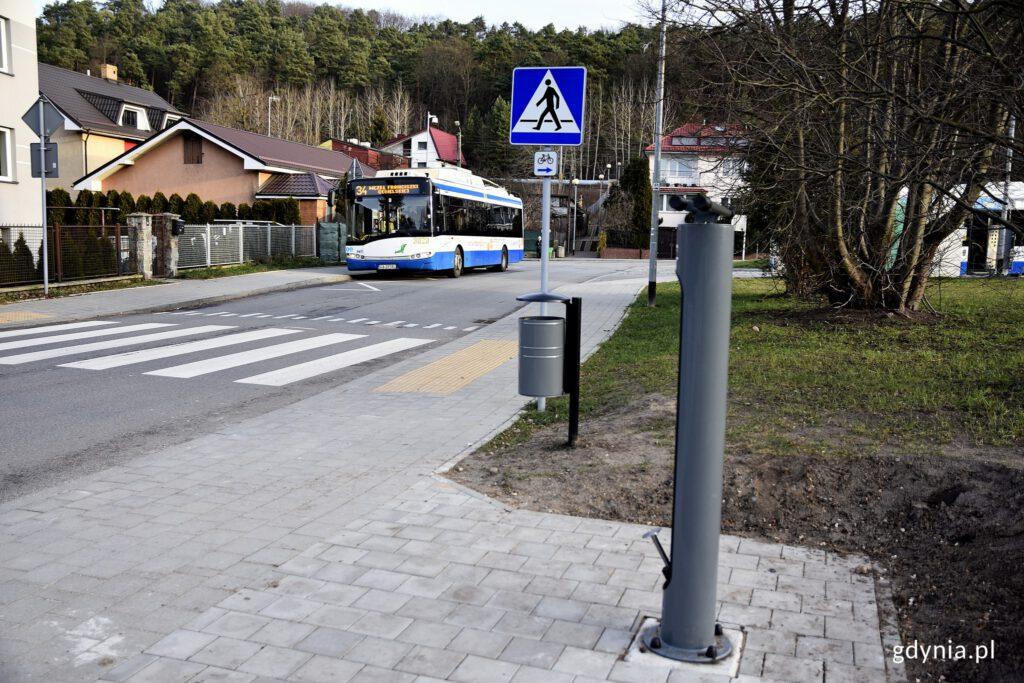 Stacja naprawy rowerów przy pętli na Demptowie/ fot. gdynia.pl