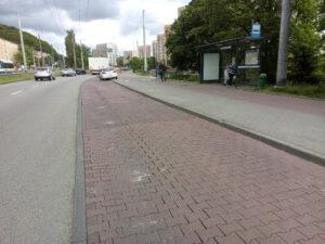 Zatoka przystankowa przy Estakadzie kwiatkowskiego, która zostanie zzmodernizowana // fot. ZDiZ