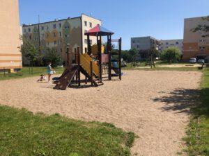 Tak obcenie wygląda plac zabaw przy ul. Romanowskiego // fot. ZDiZ