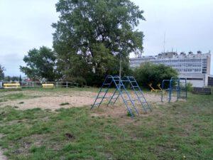 Tak obecnie wygląda plac zabaw przy ul. Lelewela // fot. ZDiZ
