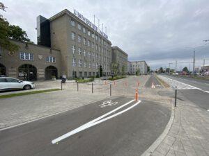 Ścieżka rowerowa przed Uniwersytetem Morskim